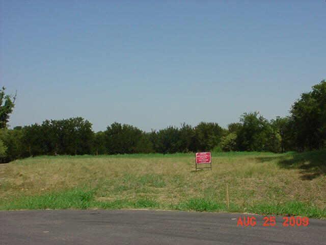 6409 Shoreline Dr Little Elm, TX 75068