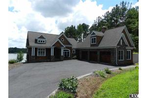 6179 Plantation Pointe Dr, Granite Falls, NC 28630