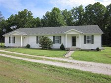 2401 Paint Creek Rd, Stanton, KY 40380