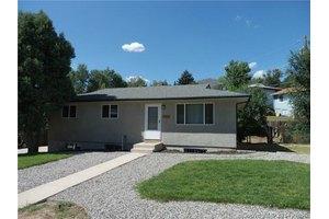 1408 N 25th St, Colorado Springs, CO 80904