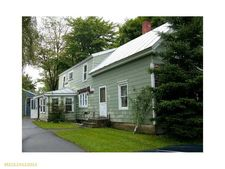 5 Locust St, Madison, ME 04950