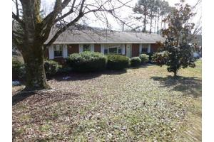 500 Highland View Dr, Knoxville, TN 37920