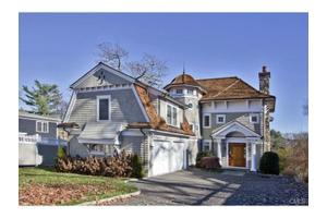 391 Riverside Ave, Westport, CT 06880