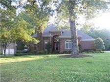 106 Blantonwood Dr, Tullahoma, TN 37388