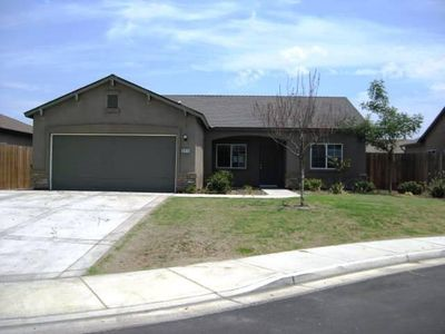 6813 Doncaster Ave, Bakersfield, CA