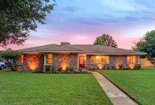 5519 Redstart St, Houston, TX 77096