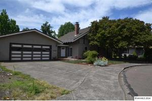 1929 NW Fir St, Mcminnville, OR 97128
