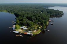 24 Flournoy Trl, Lake Talquin, FL 32351