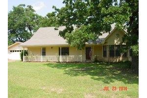 2911 Blackhaw Rd, GILMER, TX 75645