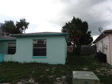 8435 Moulton Dr, Port Richey, FL 34668