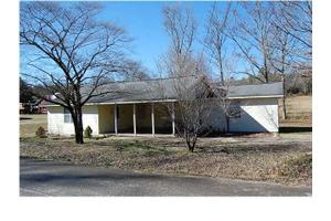 2085 W Francis Spring Rd, WHITWELL, TN 37397