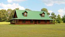 690 County Road 1111, Maud, TX 75567