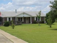 1253 Lewis Rd, Milton, FL 32570