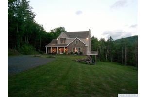 116 Tumbleweed Ranch Rd, Lexington, NY 12452
