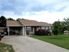 151 Twelve Oaks Dr, Madisonville, TN 37354