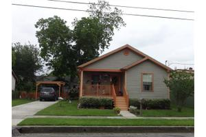 619 Isbell St, Gretna, LA 70053