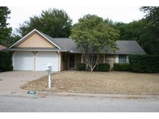 704 Holly Hill Rd, Mineral Wells, TX 76067