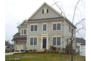 4942 Deal Ct, Waldorf, MD 20602