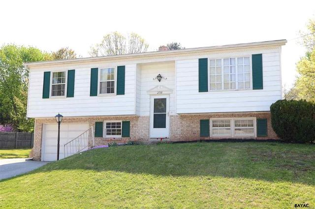 2530 log cabin rd york pa 17408 home for sale and real estate listing