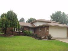 9049 Magnolia Ln, Tinley Park, IL 60487