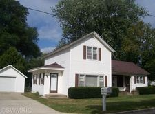 813 Farnsworth St, Big Rapids, MI 49307