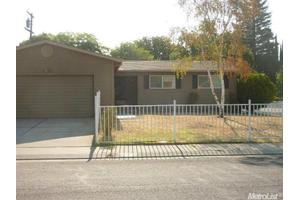 8908 Santa Maria Way, Stockton, CA 95210