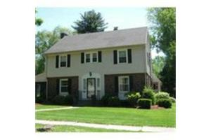103 Pleasantview Ave, Longmeadow, MA 01106