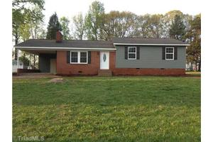 189 Stratford Rd, Lexington, NC 27292