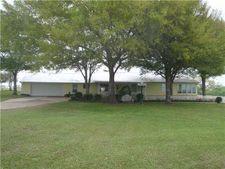 246 Flower Hill Rd, Smithville, TX 78957