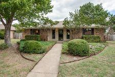 505 Meadow Ridge Dr, Cedar Hill, TX 75104