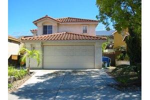 1334 La Crescentia Dr, Chula Vista, CA 91910