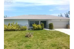 415 SE 32nd St, Cape Coral, FL 33904