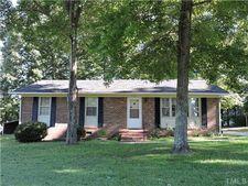 138 Magnolia Dr, Roxboro, NC 27573