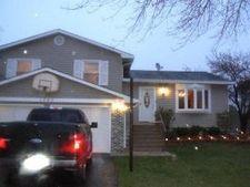 1707 Schubert Ct, Glendale Heights, IL 60139