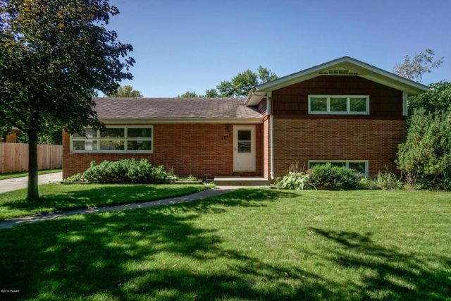 1707 9th st s fargo nd 58103 home for sale and real