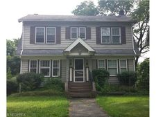 1721 Cumberland Rd, Cleveland Heights, OH 44118