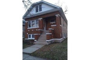 4120 Prescott Ave, Lyons, IL 60534
