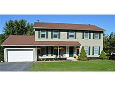 7 Laura Dr, Chester, NY 10918