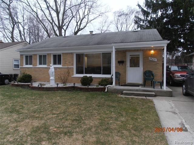 24231 kipling st oak park mi 48237 home for sale and real estate listing