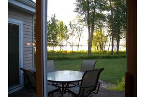 N7807 Lake View Ct Unit 22, New Lisbon, WI 53950