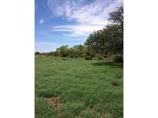 206 St Highway 206, Cross Plains, TX 76443