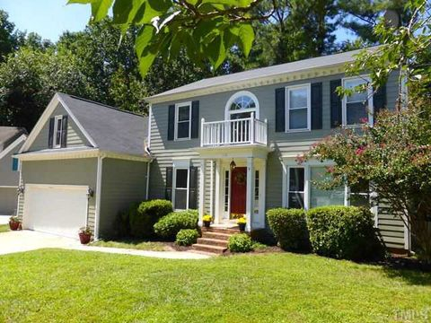 Photo Of 118 E Laurenbrook Ct Cary Nc 27518