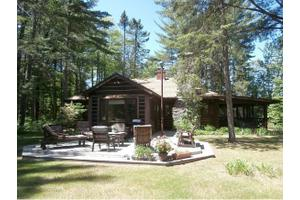 N14594 Northway Dr, Town of Athelstane, WI 54102