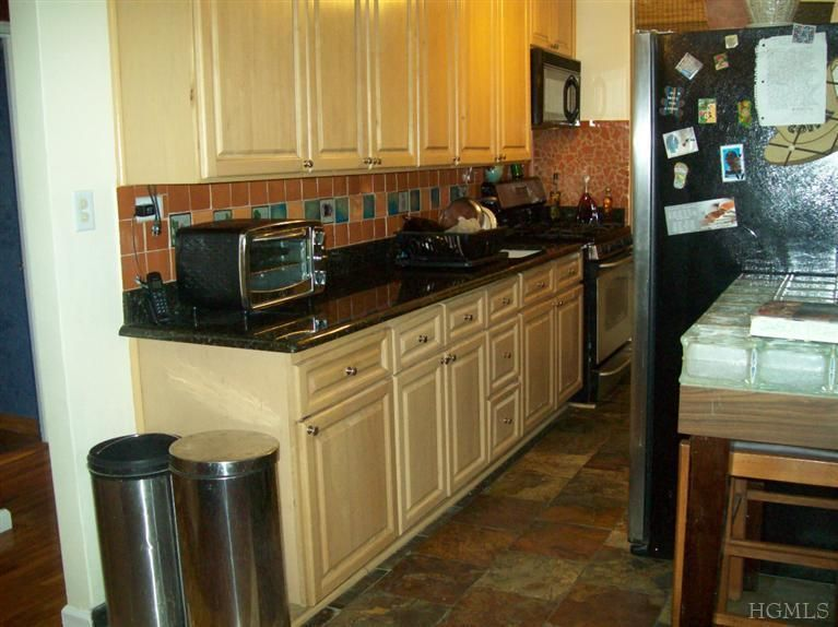 3231 Barker Ave Apt 2 B, Bronx, NY 10467 - realtor.com®