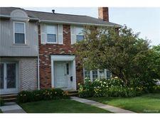 18015 Kirkshire Ave, Beverly Hills, MI 48025