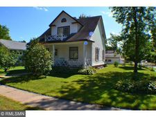 132 3rd St Nw, Crosby, MN 56441