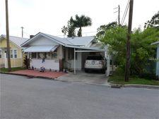 64 Braden Castle Dr, Bradenton, FL 34208