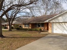 5454 Woodway Dr, Fort Worth, TX 76133