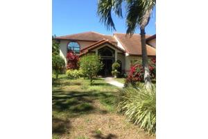 986 SW Magnolia Bluff Dr, Palm City, FL 34990