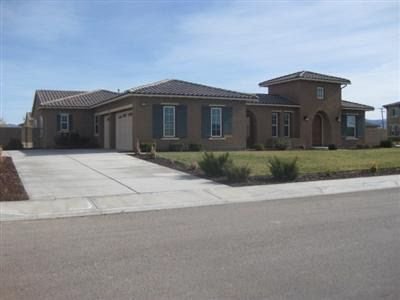 12919 Hyperion Ln, Apple Valley, CA